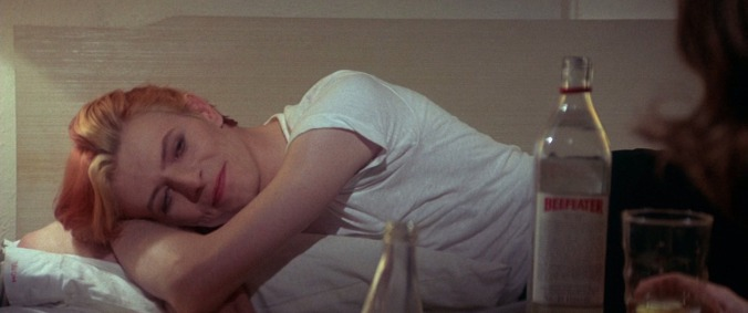 """David Bowie durante as filmagens do longa """"The Man Who Fell to Earth"""", 1976."""